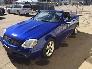 2001 Mercedes-Benz SLK320 - Immaculate condition - Convertible