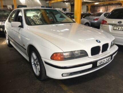 1999 BMW 528I White 5 Speed Auto Steptronic Sedan