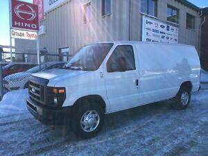 Ford Econoline Cargo Van E-250 2012