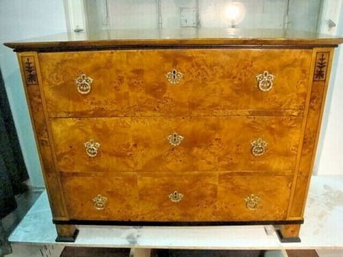 Biedermeier  chest  of  drawers-Commode
