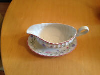 Johnson Summer Chintz gravy boat and dish; in great condition