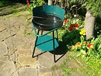Virtually As New Charcoal BBQ. Only used once for special occasion. Very Clean, Almost like new.