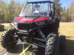 LIKE NEW CONDITION RZR XP 1000