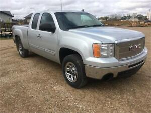 11 GMC 1500 SLE 5.3l Financing Warranty New tires and glass