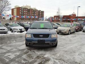 2005 Ford Freestyle SEL ***AWD and 6 Seater***