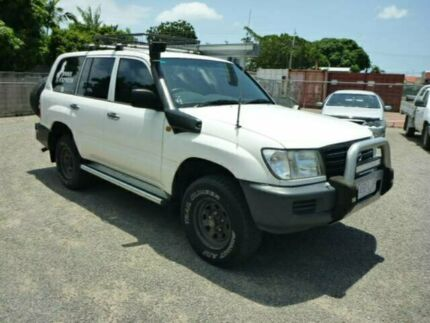 2005 Toyota Landcruiser HZJ105R Standard White Manual Wagon Rosslea Townsville City Preview