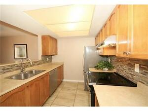 FINISHED TOP TO BOTTOM ,CLEAN,BRIGHT TOWNHOUSE AVAILABLE NOW!!!!