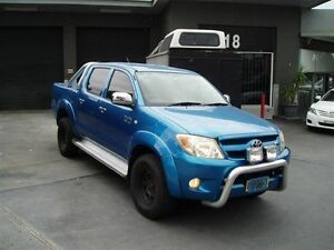 2005 Toyota Hilux GGN25R SR5 (4x4) Blue 5 Speed Manual Dual Cab Pick-up Villawood Bankstown Area Preview