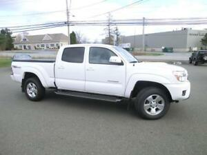 2015 Toyota Tacoma trd sport 4x4 1 owner 48047 kms Loaded