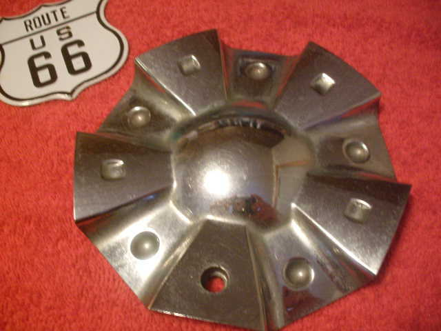 "QTY:1 UNKNOWN Custom Chrome Wheel Center Cap Hub CAP560 Measures 5-7/8"" diameter"