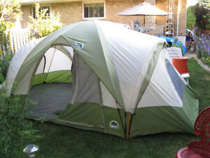 ESCORT two room dome tent 15 x 9 feet very good condition nice a