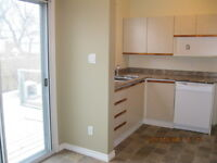 Side by Side in Polo Park/West End, $1150, 2 BR + HW (K324)