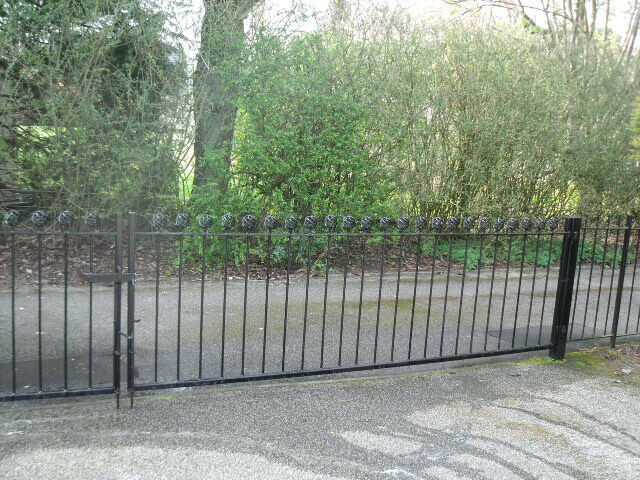 wrought iron gates / driveway gates / decorative gates / metal gates | in  Aberdeen | Gumtree
