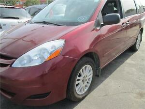toyota sienna 2008 AWD auto,7seats in good condition warranty