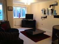 Executive 2 bed flat with garage, secured gated access, Seymour House, Manor Rd, Solihull, B91