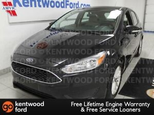 2015 Ford Focus SE FWD hatch with back up cam