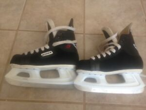 Youth Skate for sale