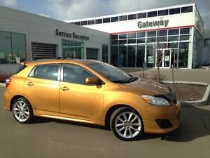 2009 Toyota Matrix XRS Hatchback, SunRoof, 6Spd, Bluetooth