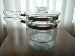 Vintage Pyrex Glass 1 1/2 quart Double Boiler