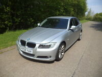 New Shape - 2009 - BMW 320d se / Diesel / Privacy Glass / Parking Sensors / Parrot Bluetooth