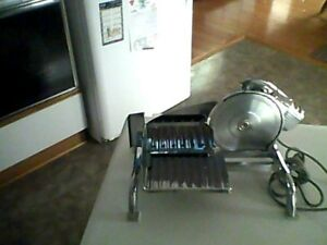 trancheur (food slicer)