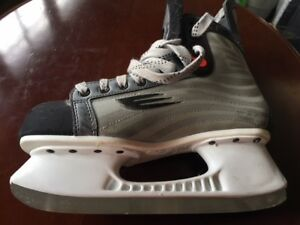 Men Bauer Hockey Skates
