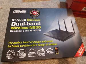 RT-N66U Dual-band 2x2 N900 Wifi 4-port Gigabit Wireless Router
