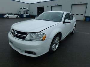 2011 Dodge Avenger SXT | V6 3.2L + Sunroof + CERTIFIED