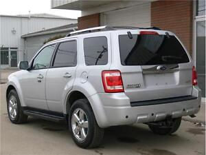 2009 Ford Escape Limited * AWD *LEATHER * MOONROOF *