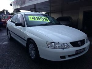 2002 Holden Commodore VY Executive White 4 Speed Automatic Sedan Broadmeadow Newcastle Area Preview