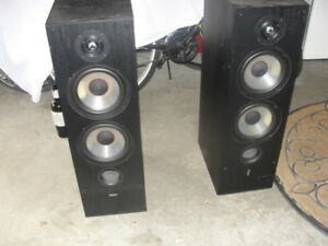 Vintage Yamaha Speakers