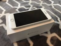 Apple iPhone 6 Silver 64GB Excellent condition .perfect for Xmas
