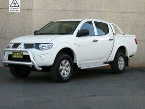 2012 Mitsubishi Triton MN MY12 GL-R (4x4) White 5 Speed Manual Double Cab Utility Condell Park Bankstown Area Preview