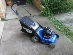 Have Mower will travel.Need your lawn mowed Chapel Hill Brisbane North West Preview