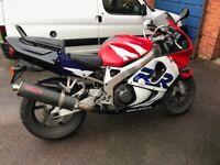 Honda CBR 900 RRX Fireblade Motorbike / Motorcycle (Red, White & Blue)