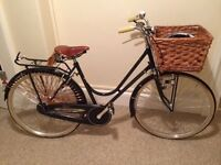 Taurus Corinto Lusso Donna ladies bike. Basket, Dynamo & Brooks saddle included. RRP £1000