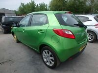 2009 MAZDA 2 TS2 1.3 PETROL 5 SPEED MANUAL 5DR GREEN BREAKING FOR PARTS 2007-15