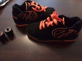 heelys size 6 good condition