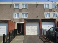 House to let,3 bedrooms,Newtown B19,Unfurnished,Garage,Driveway,2 Bathrooms. No DSS.