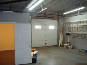 Shop / Office in Secure Buiding / Available Dec 1 Cambridge Kitchener Area image 6