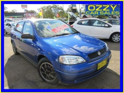 2004 Holden Astra TS Classic Blue 5 Speed Manual Hatchback Penrith Penrith Area Preview