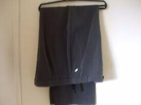 5 pairs ladies trousers