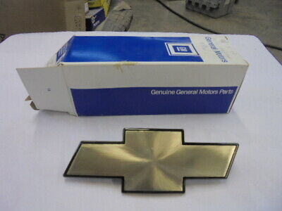 1994-1997 Chevrolet S-10 1995-97 S-10 Blazer Grille Bowtie Emblem # 12543579 NOS