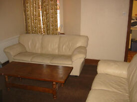 Cosy room in good location close to center and University and hospital.Start from £75p/w