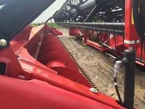 2012 Case IH 3020 35 Foot Flex Combine Head London Ontario image 5