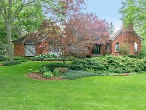 54 Chancery Drive Ancaster, Ontario