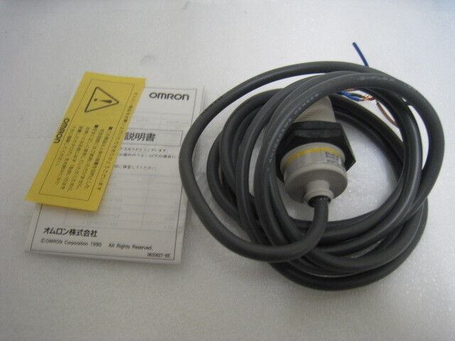 OMRON E2F-X10E1 Proximity Switch, look very clean