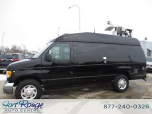 2000 Ford E-350 CARGO - NEWS/WEATHER VAN
