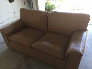 Leather couch w matching chair City Beach Cambridge Area Preview