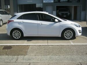 2015 Hyundai i30 GD3 Series II MY16 Active White 6 Speed Sports Automatic Hatchback Albion Brisbane North East Preview